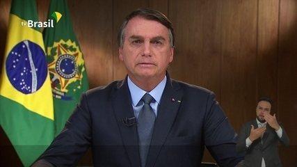 Mais de 65 milhões de brasileiros receberam aproximadamente mil dólares em parcelas do AuxílioEmergencial?